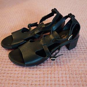 "Size 9 Seychelles Black Sandals with 2"" heel"